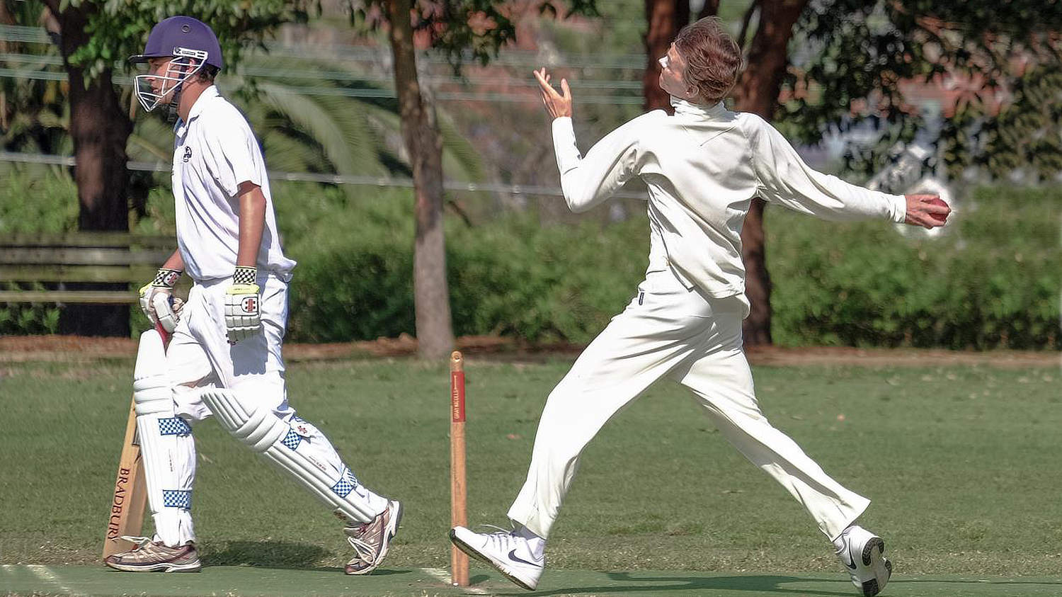 Jeff Duff playing Cricket